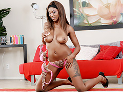 Smoldering hot babe gets fucked deep and hard in the coochie. Erika Vution