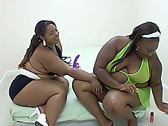 Ebony BBW dykes dive between their legs. Amber Swallows & Niki Starr
