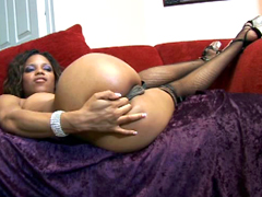 Nasty black slut Marie Luv prepares her sexy rounded booty for most greater anal fucking